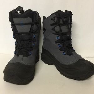 Columbia boots size 5. Model BY1320-053